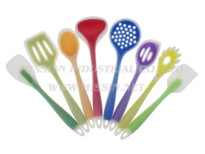 8 pieces nylon utensil